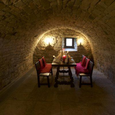 Erleben Sie Geschichte hautnah im historischen Butterkeller im Gallhof
